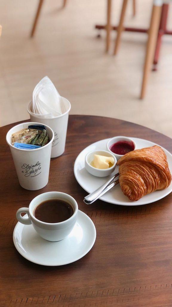 Elzinha e o Garfo Combo Café da manhã
